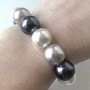 🌸3/$10 Chunky Dress Bracelet